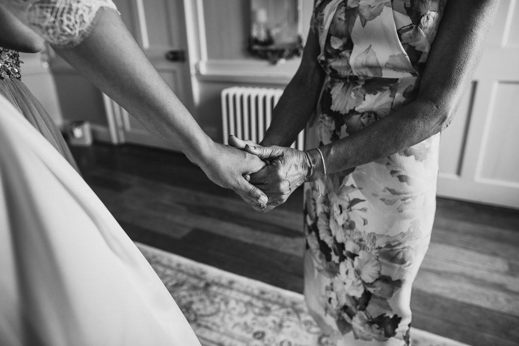 Devon Cornwall Wedding Photographer-77
